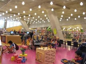 子供用図書室2