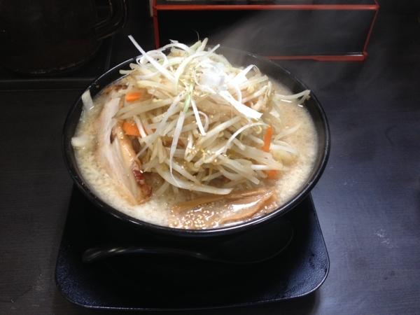 背脂味噌拉麺