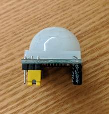 Arduino人体赤外線感応モジュール(焦電型赤外線センサー)を使ってみる_1