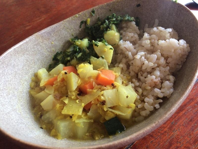 和風南インド料理(梅干しサンバル、ふきの葉のポリヤル)