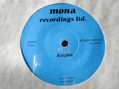 MONA / KNIGHTS ( 12 )