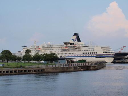 個別「[ZD ED 40-150mm F4.0-5.6]横浜大桟橋国際旅客ターミナル」の写真、画像、動画 - 横浜 ...