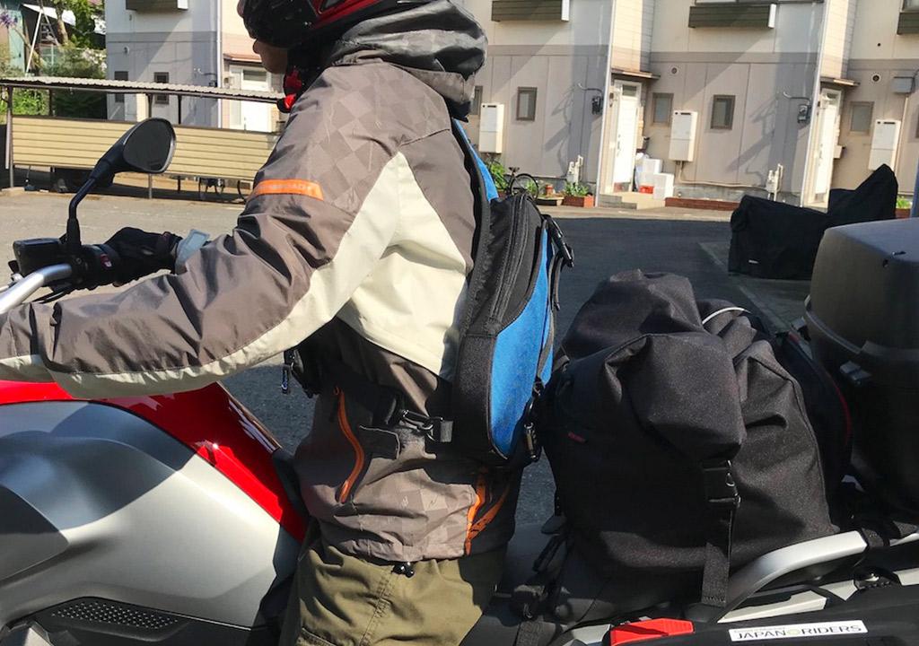 TANAXのデジバッグプラス ワンショルダーバックは現代のツーリングの必須アイテム