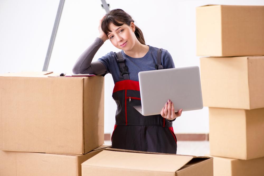 引っ越しのときはインターネットの契約をどうすればよいか