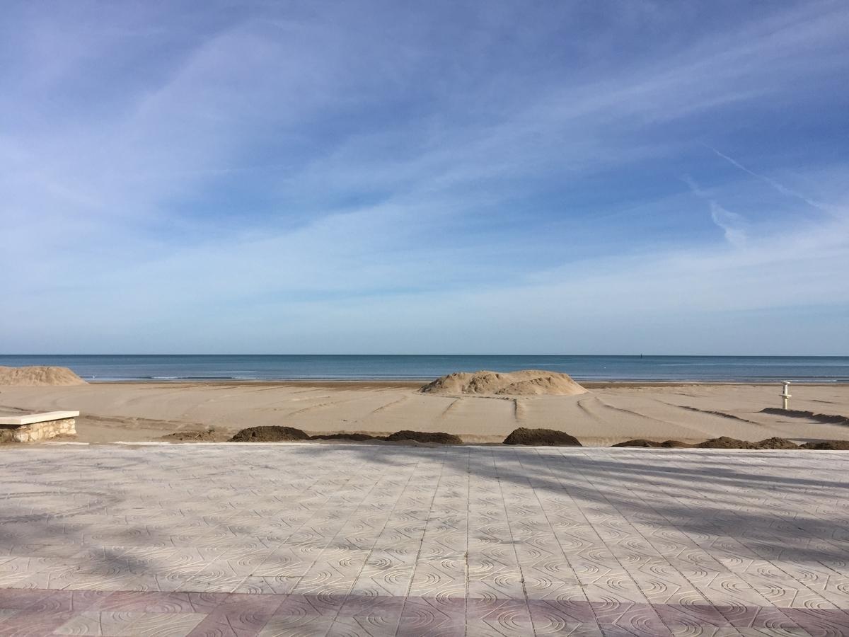 シエスタ中のビーチ