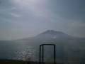 [train][山]日豊本線車窓・桜島と錦江湾