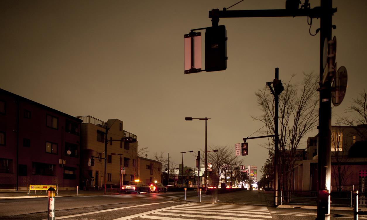 停電中の街