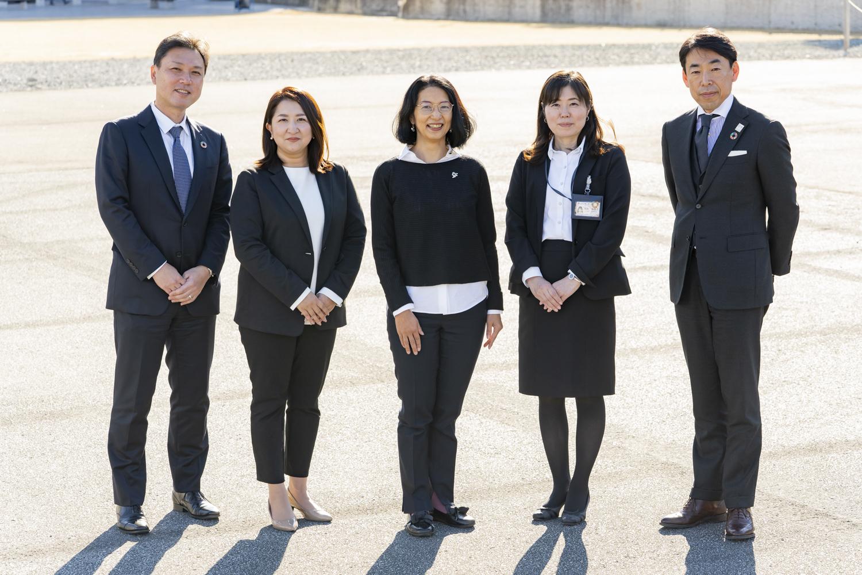 (写真左から)玉田、高橋、羽野、矢崎さん 、根津さん