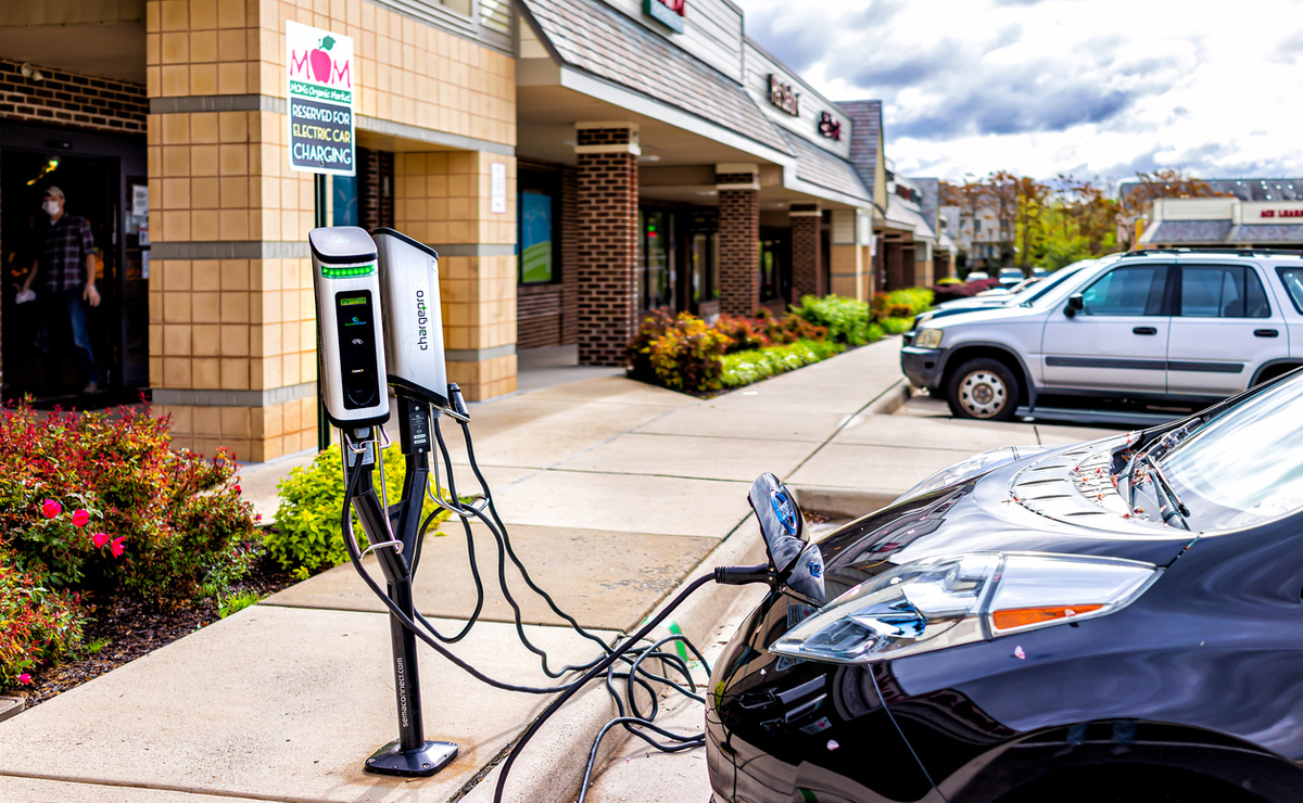 電気自動車とスーパー