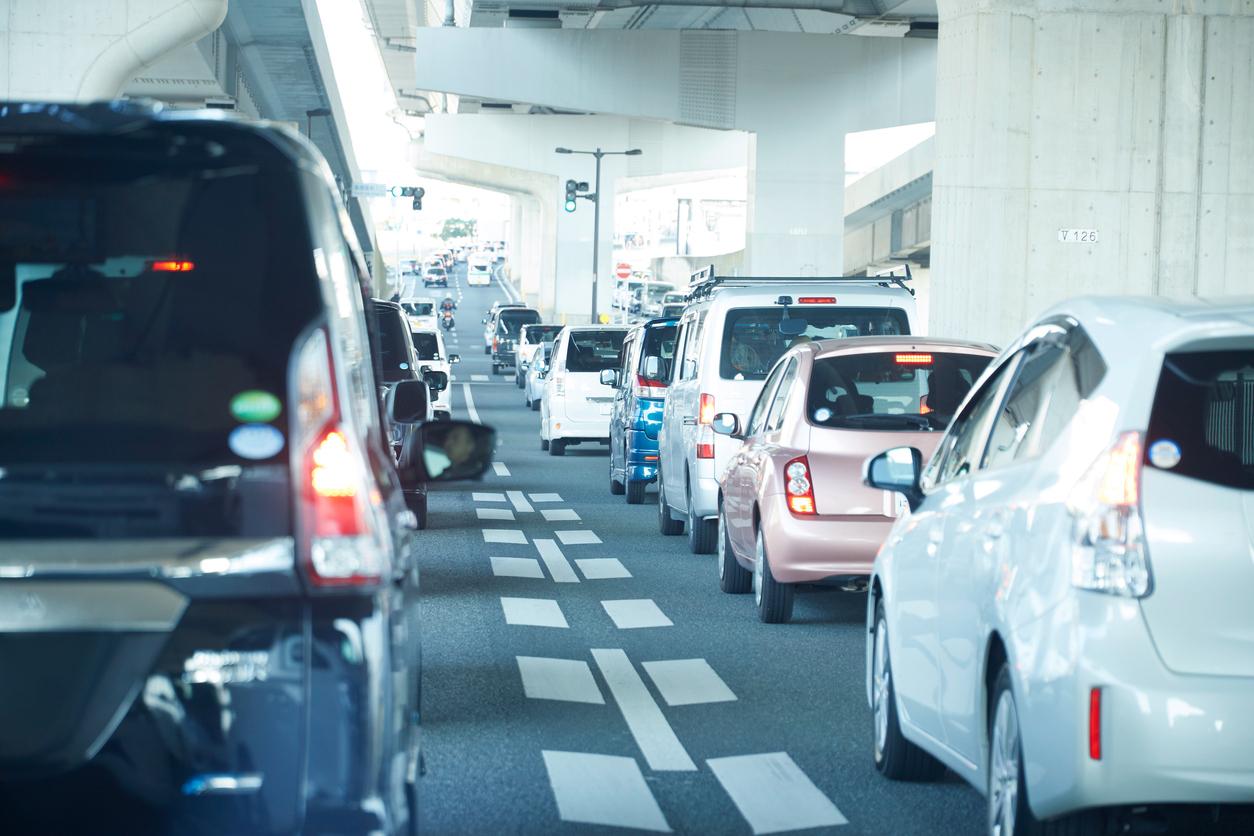 istock画像 車の渋滞