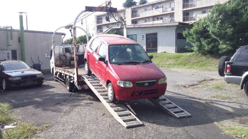 武蔵村山市のレッカー車での廃車引き取り
