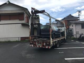 八潮市のレッカー車での外車の廃車引き取り