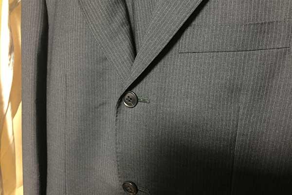 福岡の大学生の皆さん、ベストカラーでスーツの準備はできていますか?