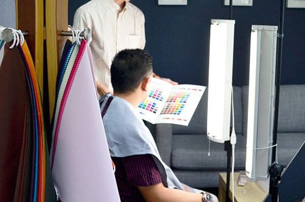 福岡、博多で受ける標準光のカラー診断