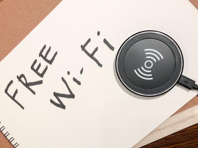浅草の電源コンセント・wifi完備のカフェ