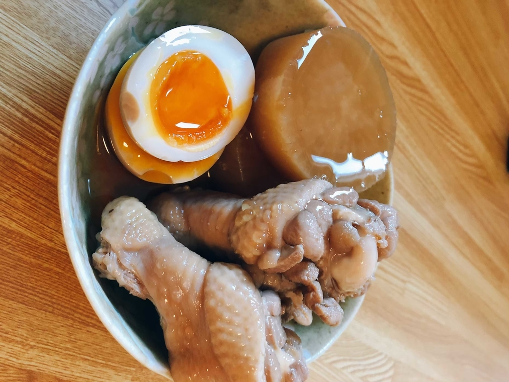 大根と鶏の手羽元の煮物