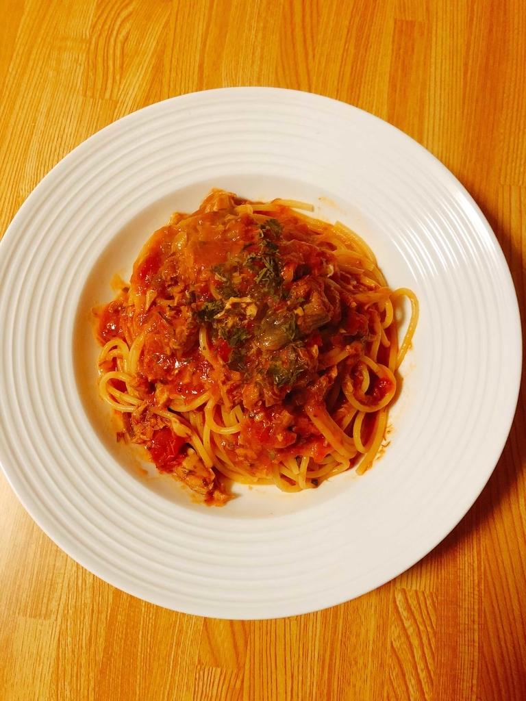 さば味噌煮缶トマトパスタ