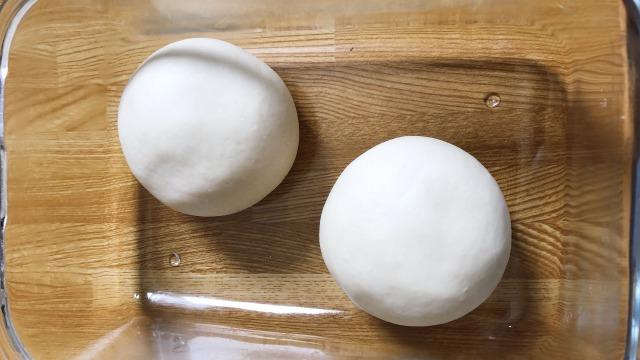 ピザ生地2次発酵