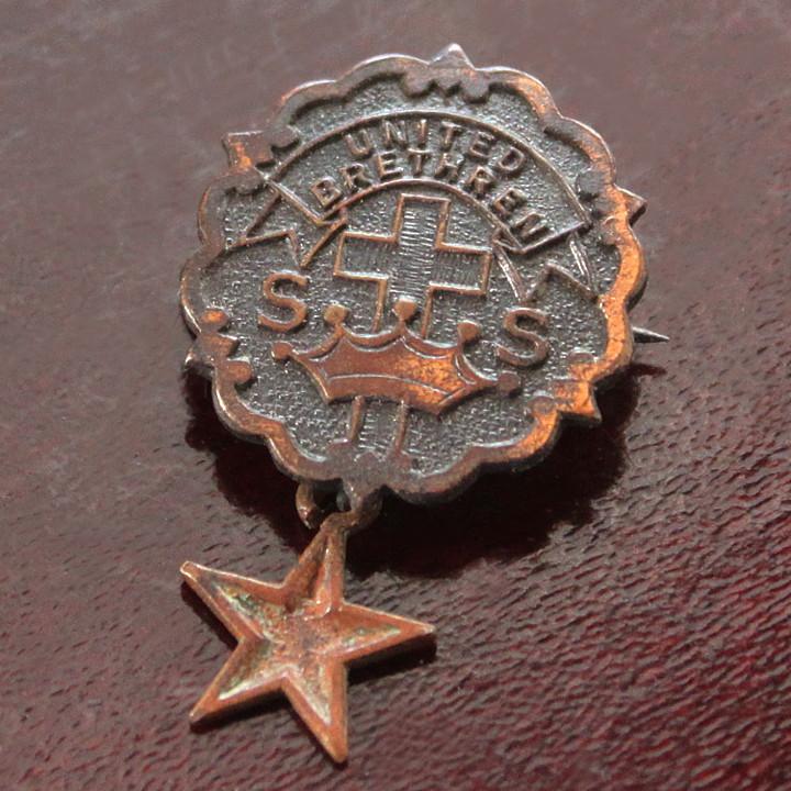 USAヴィンテージピンバッジ銅・星付|UNITED BRETHREN教会日曜学校メンバーブローチ [ACS-18-009]