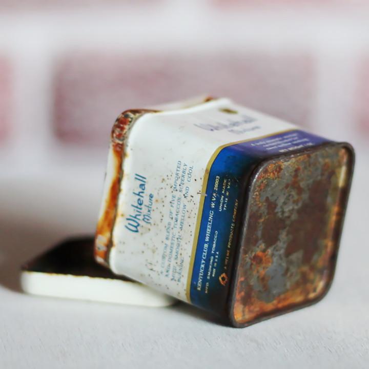シャビーでジャンクなアドバタイジング缶|シガレット煙草ティン缶アンティーク雑貨