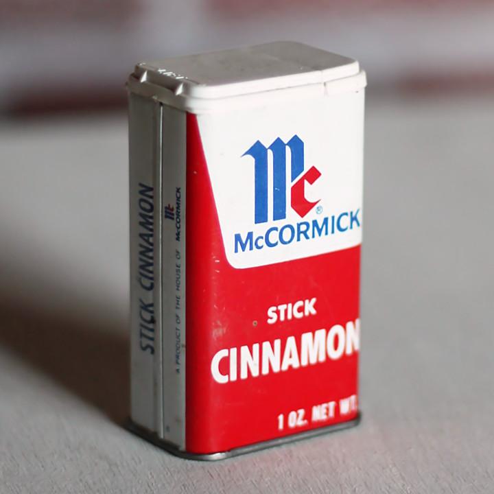 USAヴィンテージティン缶アドバタイジング|スパイスMcCormick Stick Cinnamon [OTH-19-004]