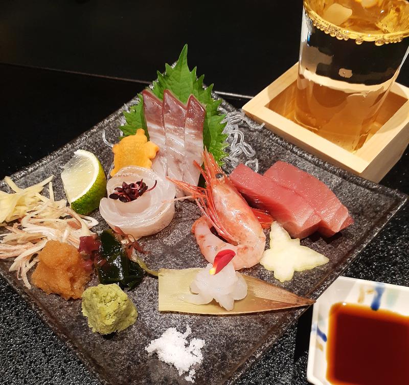 日本海の会席料理に舌鼓