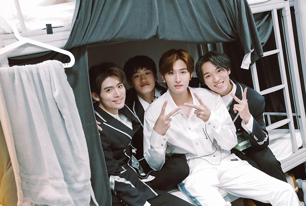 (左から)405号室メンバー(左から)リキマル、AK、ユー・ヤン、サンタ