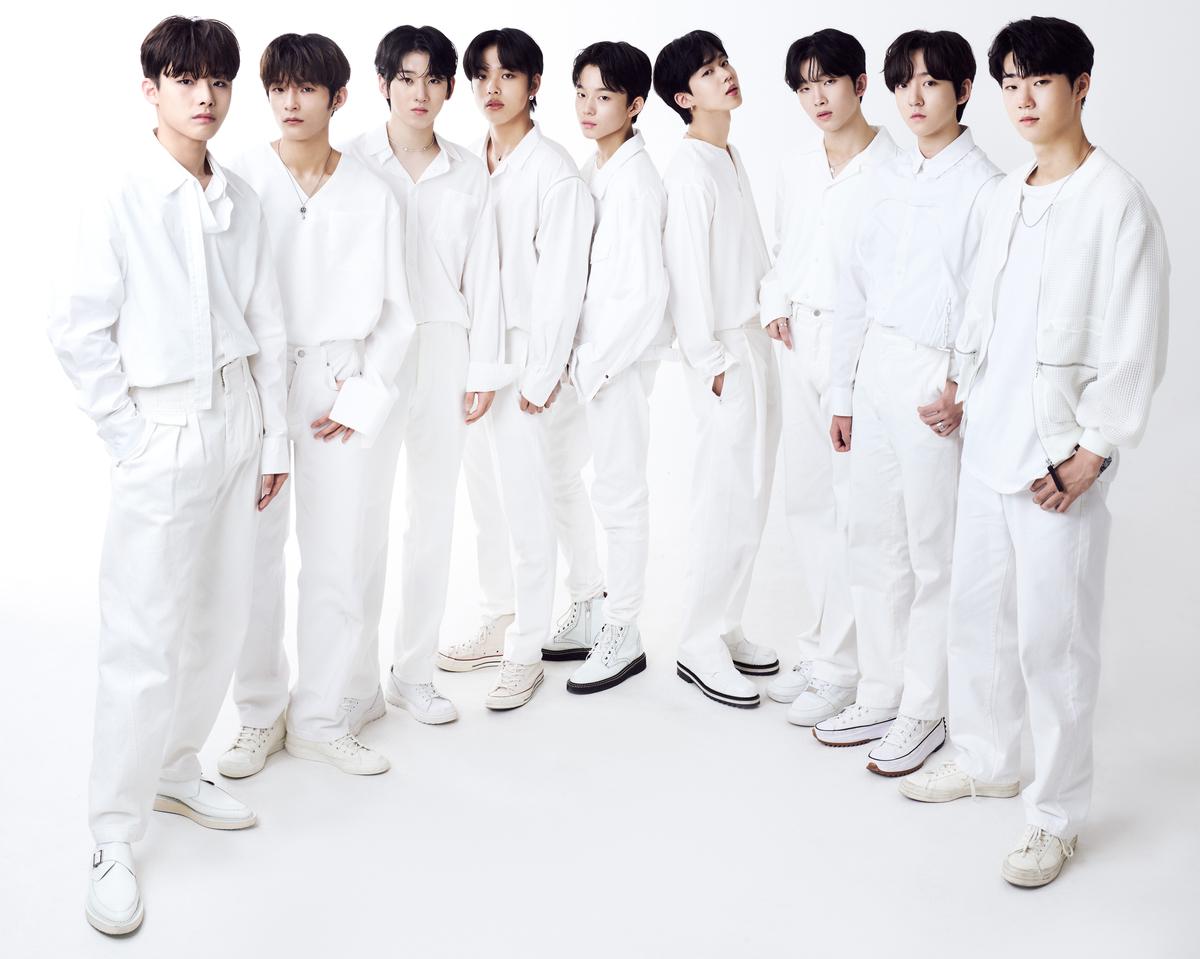 JYPにキャスティングされた9人JYP(左から)チョ・ドゥヒョン、カン・ヒョヌイ・ゲフン、アマル、ケイジュ、ユン・ミン、ユン・ドンヨン、イ・ドンヒョン、パク・ヨンゴン