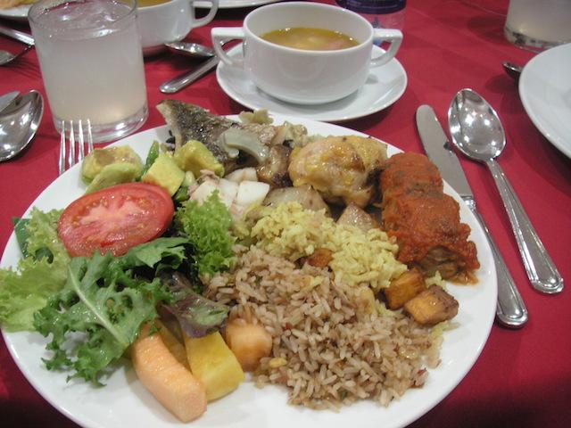 コロンビア カルタヘナツアーの食事 料理