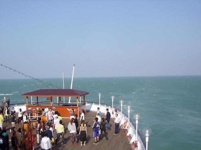 ピースボート大海原で和太鼓