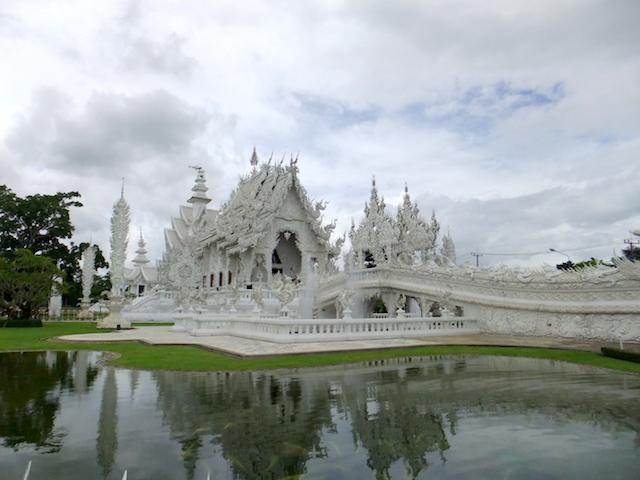 タイ チェンライ ホワイト・テンプル1