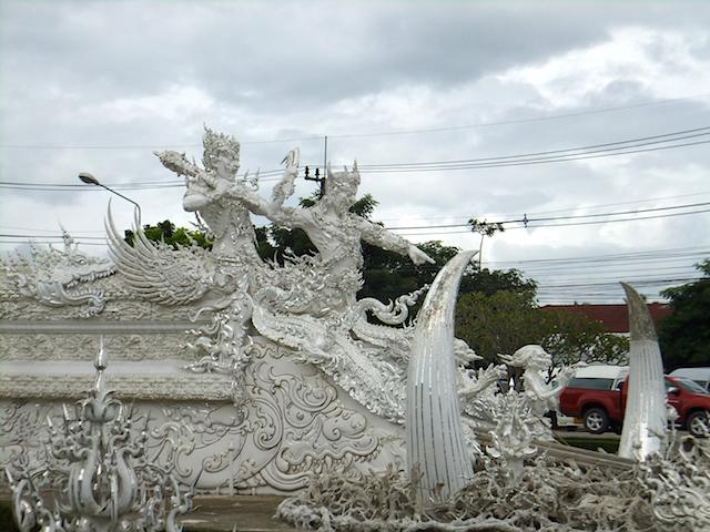 タイ チェンライ ホワイト・テンプル2