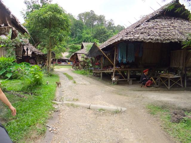チェンマイ 山岳民族の村 バーン・トン・ルアン1
