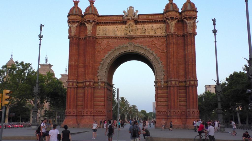 スペイン バルセロナ 凱旋門