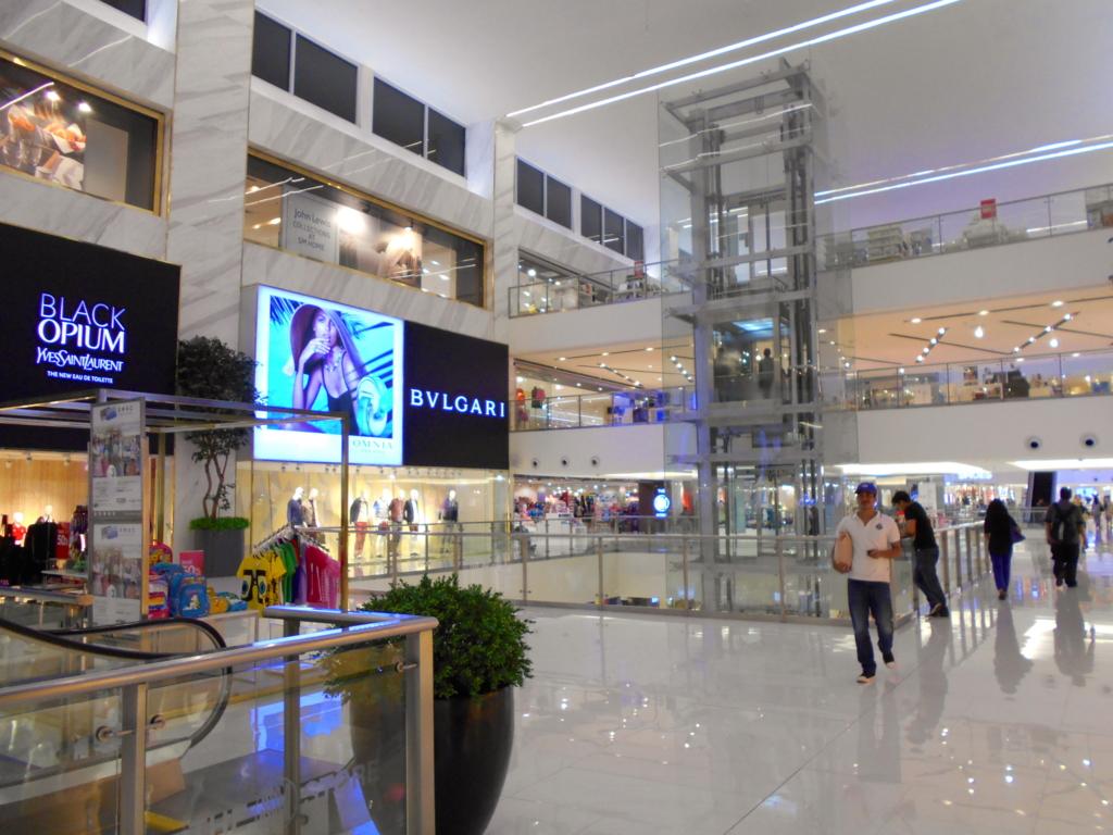 でかいぞ!マニラやマカティの巨大ショッピングモール!