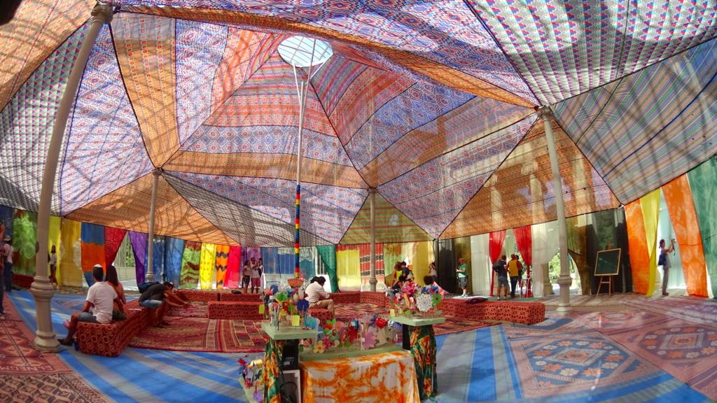 ガラス張りの宮殿が存在する!?マドリードの「レティーロ公園」
