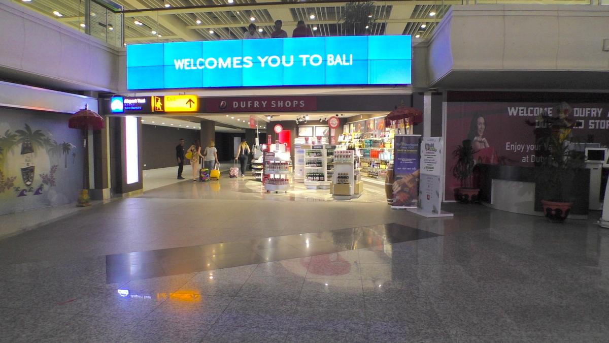 バリ島の空港で仮眠ができるのか?