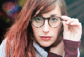 メガネ 性格 形