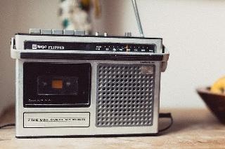 一人ぼっち ラジオ