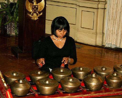 ガムラン 伝統楽器 インドネシア・バリ島