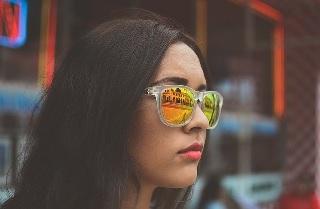 メガネ 印象