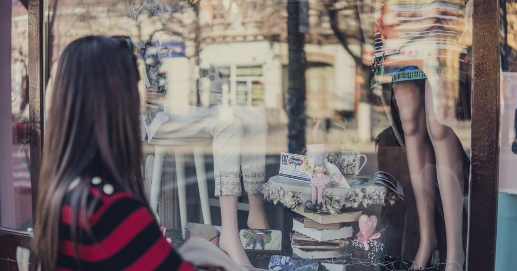 LINEのID連携で実現する実店舗連動・O2O施策とは~LINE Beacon、バーコード会員証、eチケット発券活用事例
