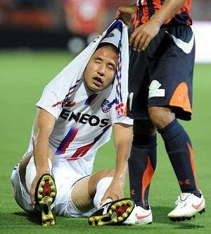 脱力したサッカー選手