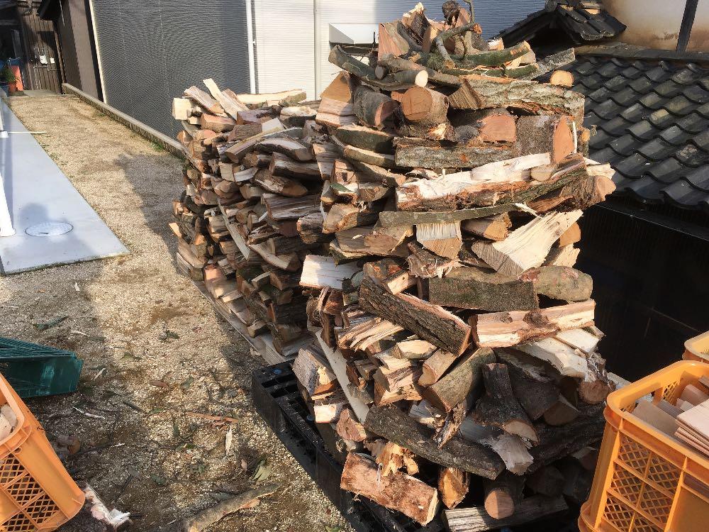 薪のスイス積み1