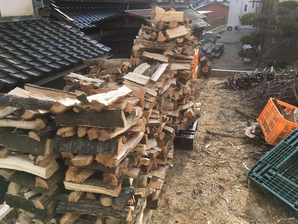 薪の井桁積み