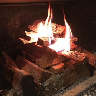 薪山崎薪ストーブ上から着火