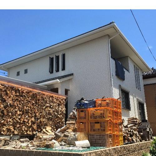 薪山崎の薪場