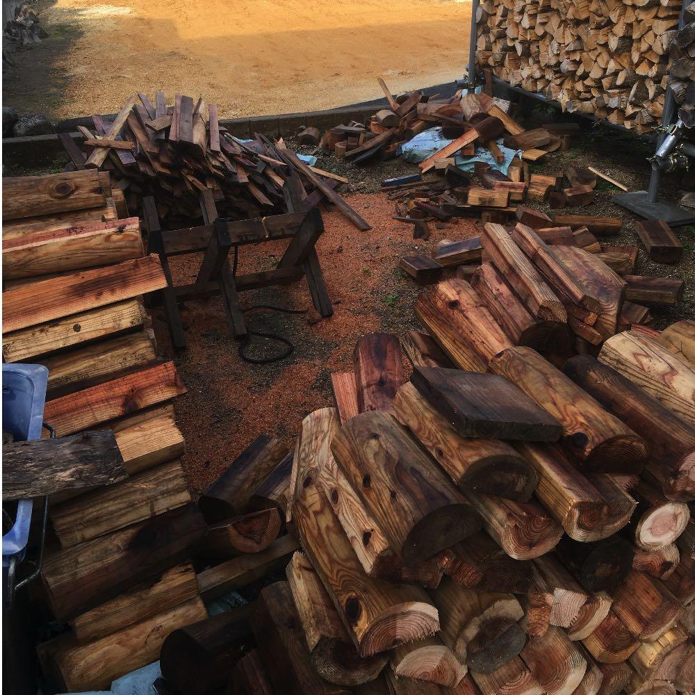 建設会社さんから面倒がられたり嫌がられたりすることなく薪ストーブ用の木材をもらうには?