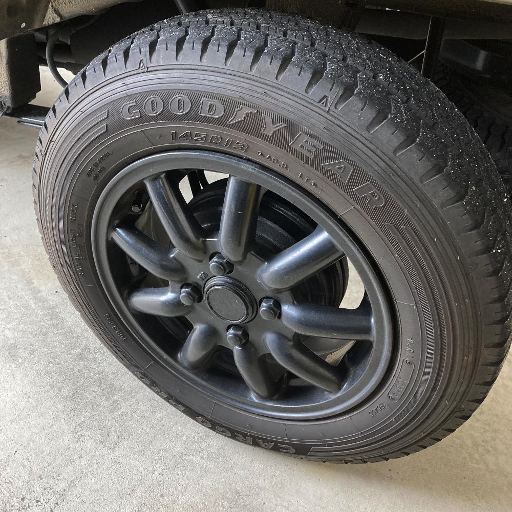 軽トラ・軽バンユーザー必見!ちょびっとインチアップに最適で強度もある13インチ6PR(プライ)タイヤはどんなメーカーがどんなデザインのものを出しているの?「145 R 13 6PR」の全メーカーまとめ!