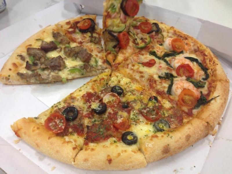 mokumoku4-pizza